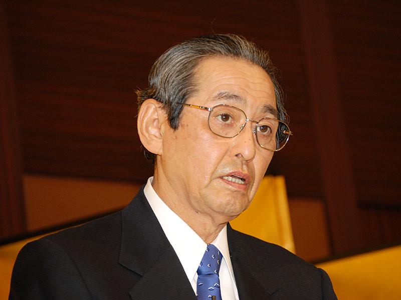中村邦夫社長 大阪での会見では、2010年に営業利益10%を達成するとともに、世界の優良企業の仲