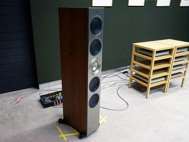 KEF「Reference 5 EXAKT」