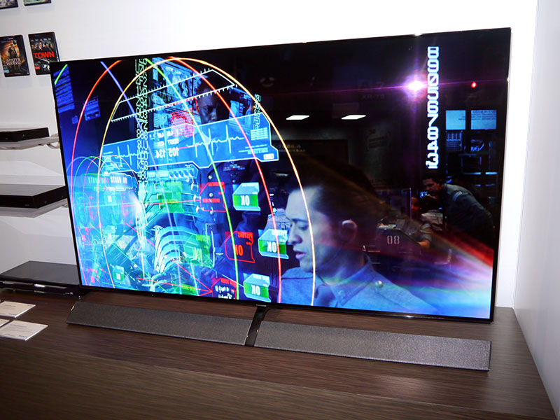パナソニック「プラズマを超える有機ELテレビ」国内投入へ。2020年に「究極の有機EL」(1/11)
