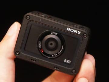 ソニーの超小型カメラ「RX0」は約8万円で10月発売。1インチセンサー搭載