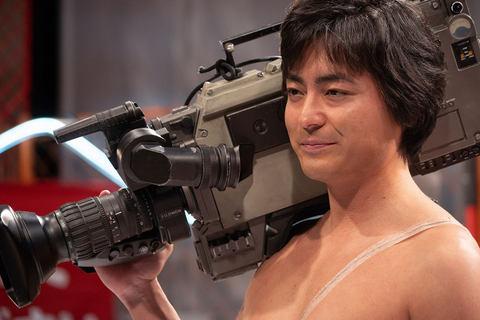「山田孝之 全裸監督」の画像検索結果