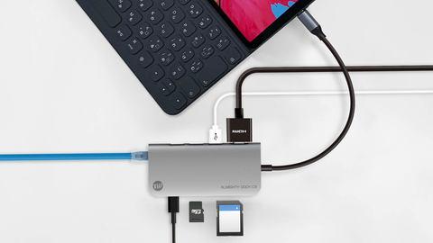 USB-Cから4K対応HDMIやステレオ...
