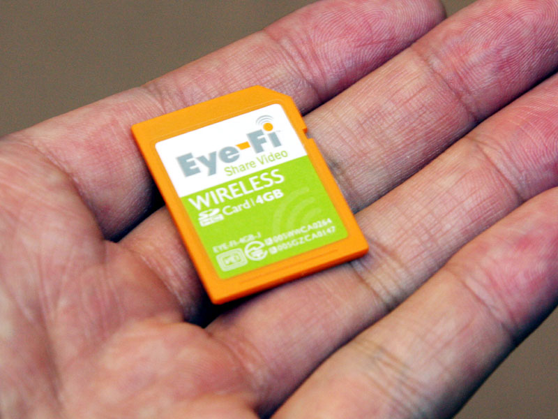 "<p align=""center""><small>Eye-Fi Share Video 4GB</small>"