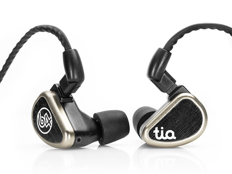 64 Audio、新FXC技術搭載の3ドライバ・ハイブリッドイヤフォン「tia Trió」