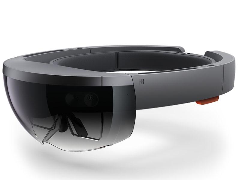 Microsoft「HoloLens」、開発者向けに3,000ドルで販売。視界にホログラムを重ねて表示